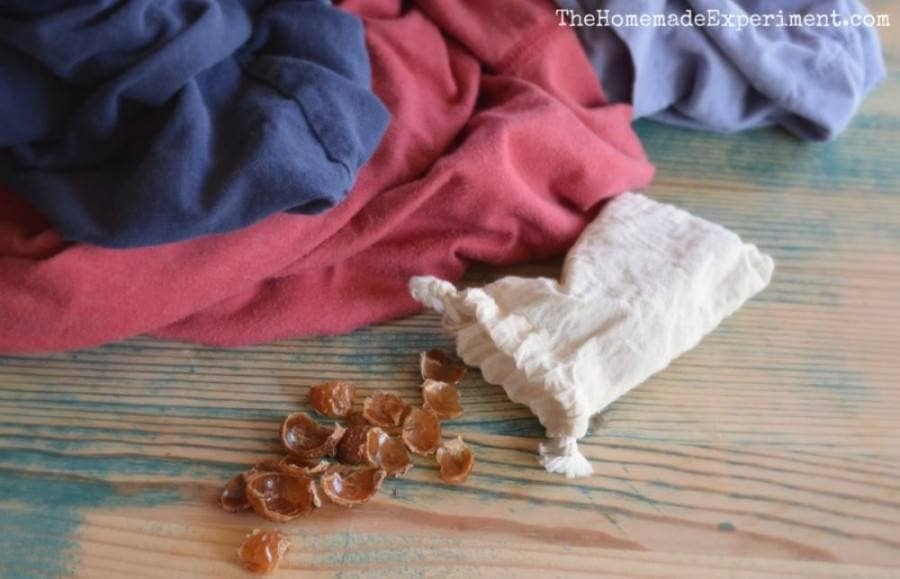 how to use soap nuts for a natural homemade laundry detergent