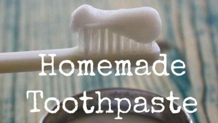 DIY Baking Soda Toothpaste